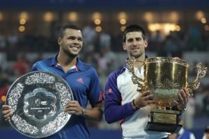 La copa de Beijing pasó a manos del serbio Djokovic